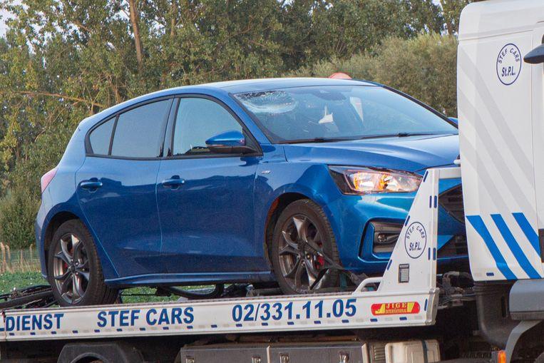 De bestuurder van de Ford Focus kon een aanrijding niet meer voorkomen.