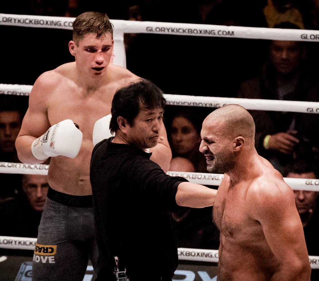 Rico Verhoeven (l) en Badr Hari tijdens hun vorige gevecht.