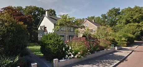 Dieven stelen geld uit woning in Nijverdal