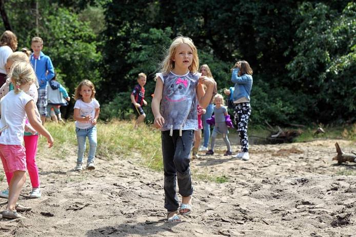 De Huijbergse bossen zijn tijdens de kinderenvakantieweek omgedoopt tot de Huijbergse jungle. foto Chris van Klinken/Pix4Profs
