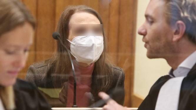 """ASSISEN LIVE. Aanklager overloopt bewijslast van 29 jaar geleden: """"De identiteit van dader en slachtoffer kleven aan dezelfde jeansbroek. Dat is behoorlijk uniek"""""""