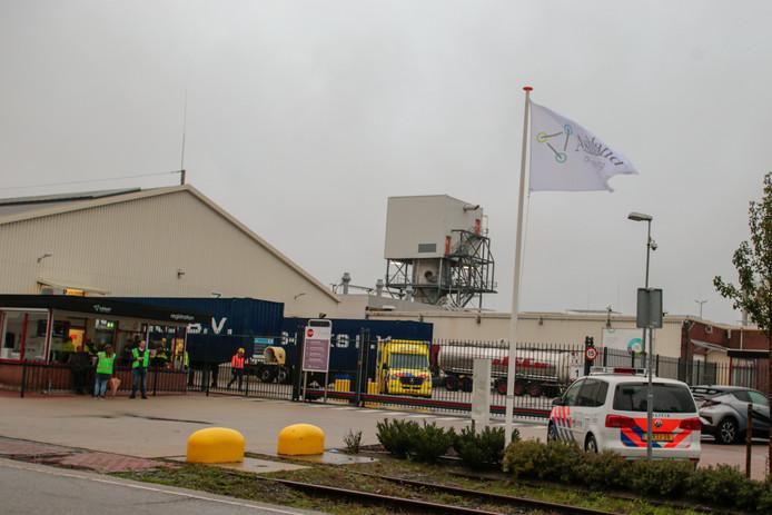 Bij het bedrijf Ashland in Zwijndrecht is maandagochtend een kleine hoeveelheid van de giftige stof ethyleenoxide ontsnapt.