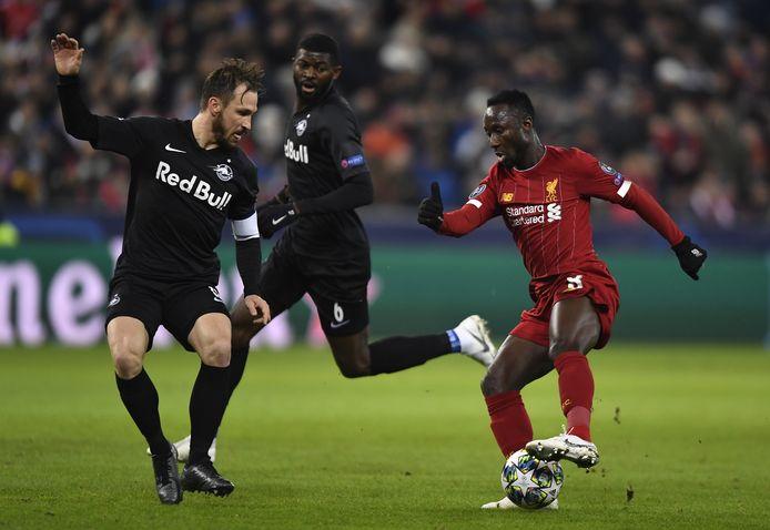 Naby Keita namens Liverpool tegen zijn oude club Salzburg.