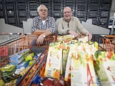 Duizend pakken pasta honderden kilo's aardappelen: hulp aan Hengelose Voedselbank komt uit onverwachte hoek