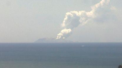 """Gewonden bij vulkaanuitbarsting in Nieuw-Zeeland: """"Honderd mensen op of in de buurt van White Island"""""""