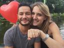 Jake Graf (41) ging tijdens een vakantie naar New York op één knie voor zijn Hannah.
