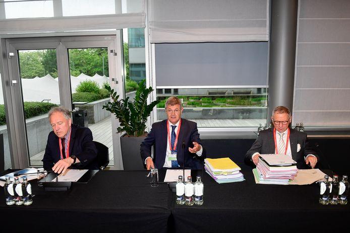 v.l.n.r. Andre Deruyver (61) Voorzitter Dirk Thijs (61) Rik Ascrawat (69)