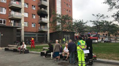 Vriesenhof geëvacueerd voor keukenbrand