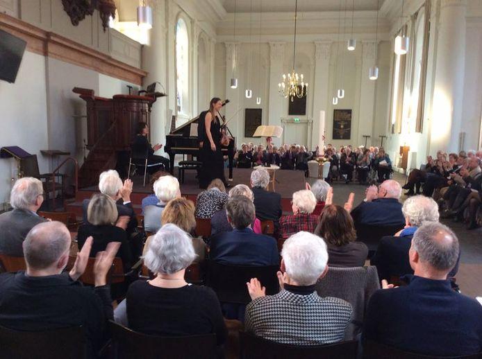 Een archieffoto van een concert met Rosanne Phillipens en Paolo Giacometti in de Grote Kerk in Velp.