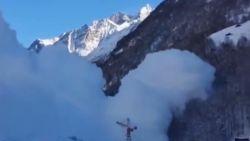 Zwitsers veroorzaken zélf lawine