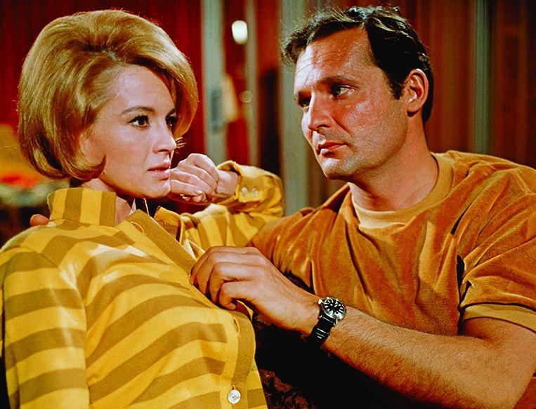 Angie Dickinson en John Vernon in Point Blank (1967). Beeld