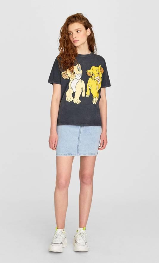 T-shirt Simba et Nala - Prix: 12,99 euros.
