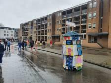 Teruglezen | Regen en wind krijgen de optocht Breda niet klein