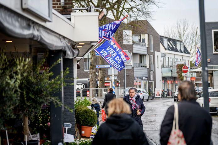 De speciale bevrijdingsvlaggen kunnen komend voorjaar wapperen in Wierden, als alles meezit.
