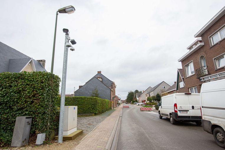 De slimme camera's van de trajectcontrole in de Kerkstraat in Oetingen