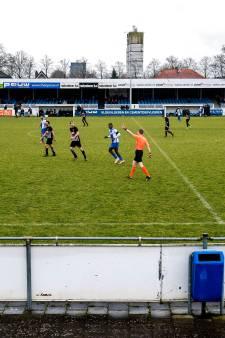KNVB neemt Elinkwijk drie punten af na kaartenregen bij Roda'23