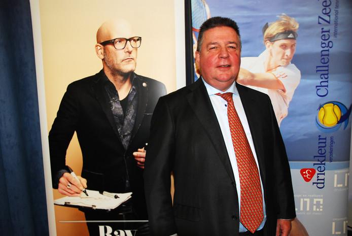 Gerry Huis in 't Veld, directeur-eigenaar van Driekleur Verzekeringen, gaat binnenkort met pensioen.