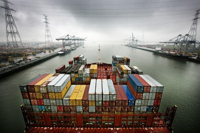 Eind 2016 haalden de verdachten een lading van 1.500 kilogram cocaïne uit in de haven van Antwerpen.