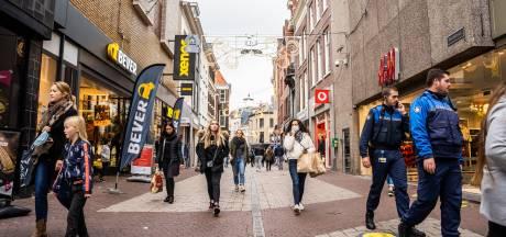 Veiligheidsregio's tevreden: geen drukke binnensteden, 'wel zorg over kerk in Barneveld'