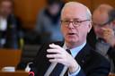 Armand De Decker lors d'un débat sur le CETA au Parlement bruxellois, le 24 octobre 2016.