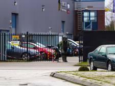 Medewerker autobedrijf Vaassen wist niet wat hij zag: een handgranaat in gestolen auto