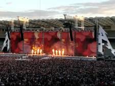 """""""Ça Plane Pour Moi"""": Metallica crée la suprise"""
