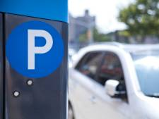 Kritiek op nieuw parkeerbeleid: 'Geef bewoner inspraak over betaald parkeren'