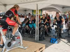 Leontien van Moorsel leidt spinning-marathon in Nunspeet