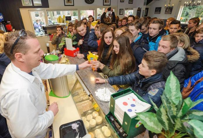 Eerder dit jaar maakte Rob Geus van de Smaakpolitie ook een bezoekje aan de Kromdijk.