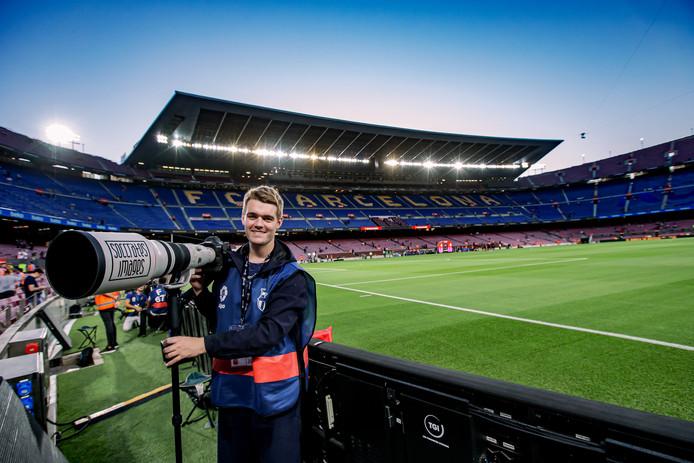 Rico Brouwer aan het werk in misschien wel het mooiste stadion ter wereld, Camp Nou.