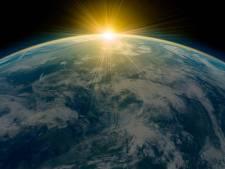 De mystérieux signaux radio atteignent la Terre tous les 157 jours