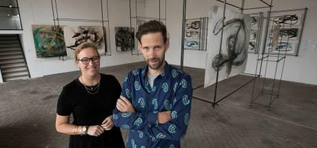 Expo 'Spore' van Tijs Rooijakkers in EIndhoven: tekeningen van een beeldhouwer