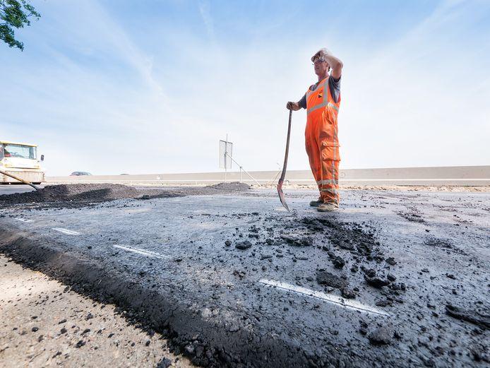 Meer asfalt, zwaardere vrachtwagens, te weinig gespaard: wegenonderhoud gaat Lingewaard vele miljoenen extra kosten