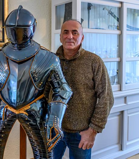 Deze Roosendaler maakt harnassen en exposeert zijn collectie in het Markiezenhof