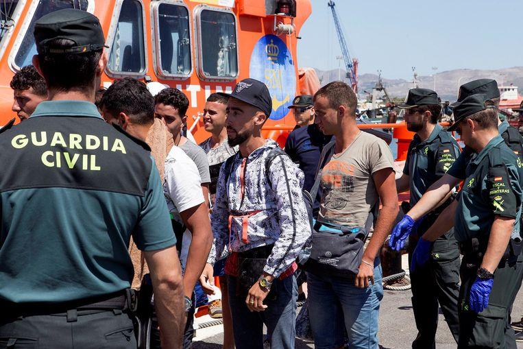 De voorbije dagen hebben de Spaanse autoriteiten 1.400 mensen van bootjes gehaald.
