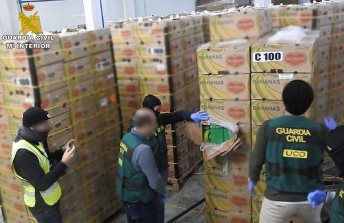 Bij deze drugszending zat de cocaïne verstopt in dozen met bananen.