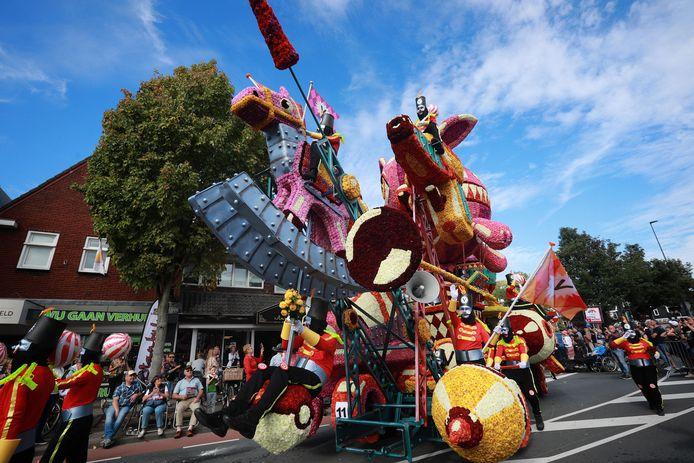 Het Bloemencorso in Valkenswaard wordt naar volgend jaar verplaatst.