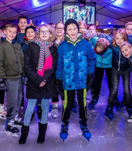 Kinderen schaatsen 1850 euro tegen taaislijmziekte bij elkaar