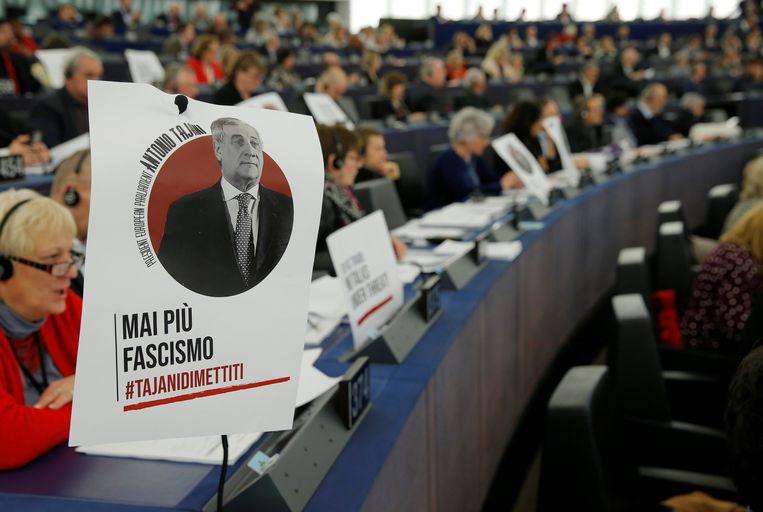 In het Europees Parlement reageerden vele fracties boos op de uitspraken van Antonio Tajani.