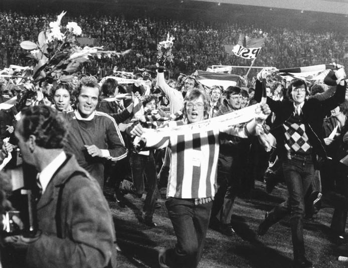 PSV werd in 1978 al op 8 april landskampioen, via een zege op FC Twente.