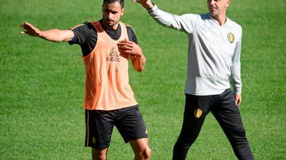 Vermaelen met liesblessure terug naar Barcelona, Fellaini werkt individueel - 1.600 fans aanwezig op open training - Van Dijk out bij Oranje