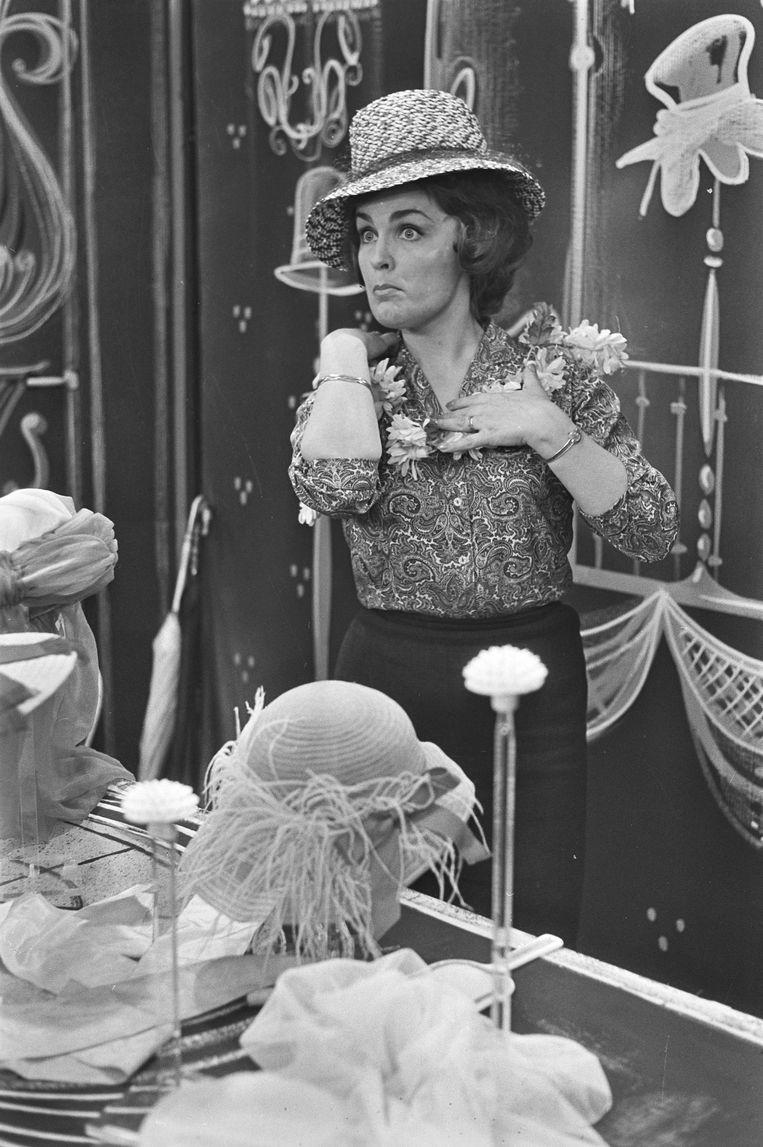 Cora Canne Meijer in 'Onrust op Tahiti', 1963. Beeld Hollandse Hoogte /  ANP