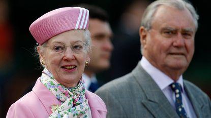 """""""Ze maakt me belachelijk"""": echtgenoot van Deense koningin voelt zich niet gerespecteerd"""
