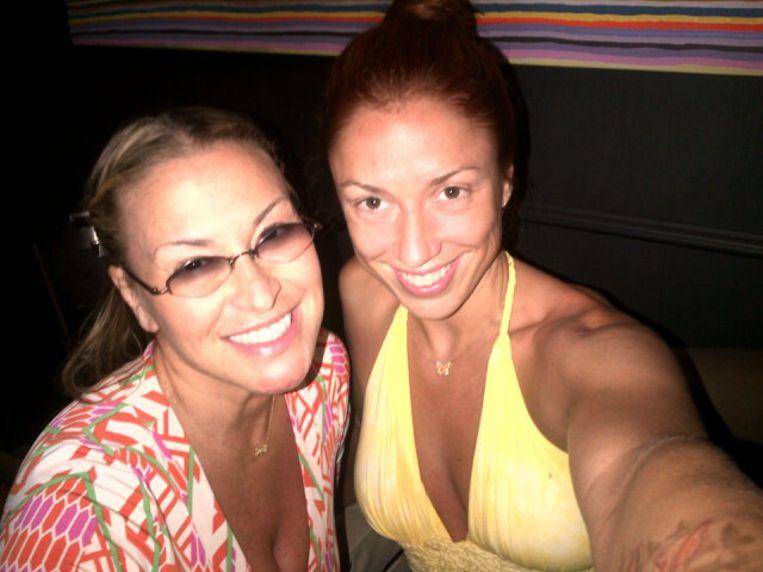 Natalia is bevriend met Anastacia en steunde haar in haar strijd tegen borstkanker.