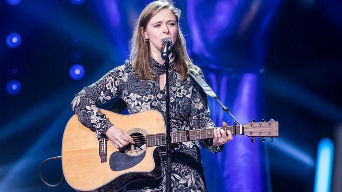 Muzieklerares gaat door in 'The Voice'