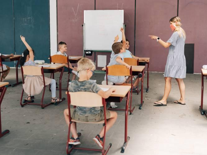 """Ziekteverzuim in onderwijs voor het eerst in jaren niet gestegen: """"Corona deed leraren boven zichzelf uitstijgen"""""""