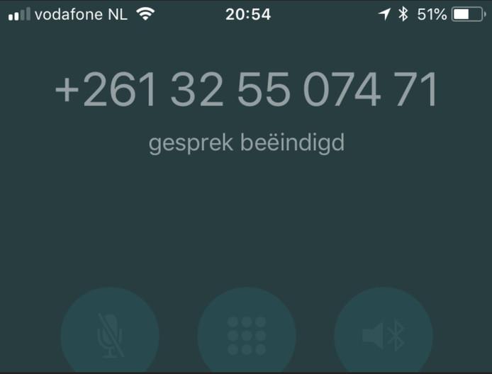 Het nummer uit Madagaskar dat vandaag bij duizenden Nederlands in het schermpje verscheen.