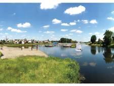 Hanzehaven en ophaalbrug in hart van Hardenberg