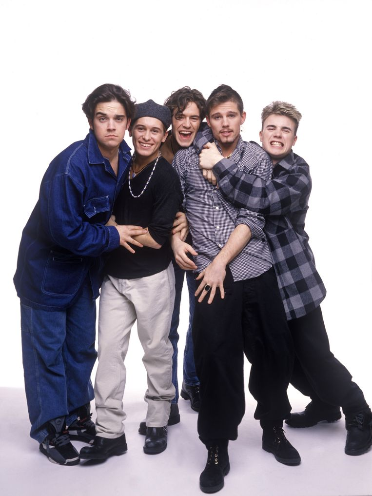 Robbie Williams, Mark Owen, Howard Donald, Jason Orange en Gary Barlow vormden samen Take That.