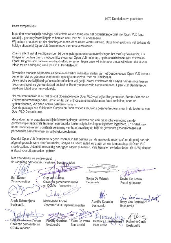De brief die de voormalig bestuursleden van Open Vld Denderleeuw stuurden naar sympathisanten van de partij.